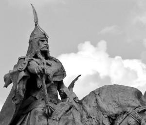 Statuie ce il reprezinta pe Arpad. Nu exista portrete contemporane