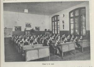 3.-scoala-centrala-din-Bucuresti.-O-sala-de-clasa-din-anii-1930