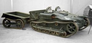 Malaxa a fabricat sub licență 126 de șenilete Renault UE. Nicolae Malaxa le-a dat legionarilor două șenilete direct de pe linia de producție în timpul rebeliunii din 1941, fapt care a condus la confiscarea uzinelor de către statul român.