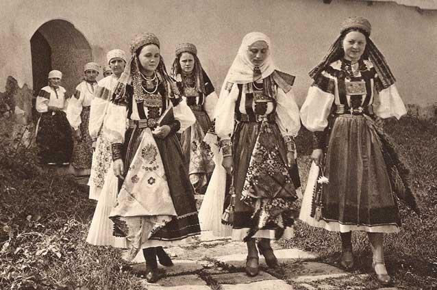 practici-pagane-in-zilele-de-rusalii-12892578