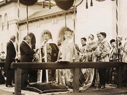 Încoronarea regelui Ferdinand la Alba Iulia