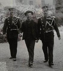Luigi Lucheni in custodia jandarmilor