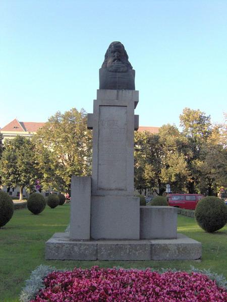 Bustul lui Eftimie Murgu din Timisoara