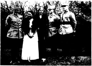 General Prezan, Olga Prezan, o rudă, maior Ion Antonescu, căpitan M. Tomaide - văr lui Antonescu, în 1916