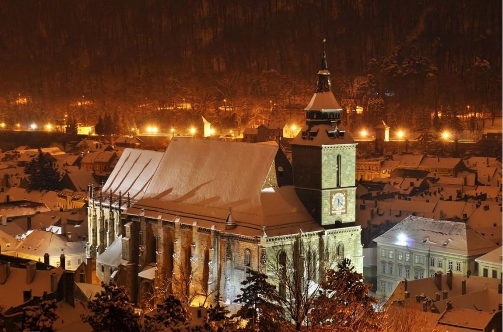 Biserica Neagra Brasov noaptea