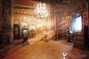 manastirea-cozia-interior
