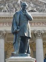 Statuie Vasile Alecsandri Iaşi