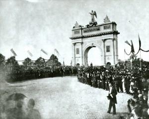 Povestea primului arc de triumf. Intrarea armatei în București după cucerirea Independenței